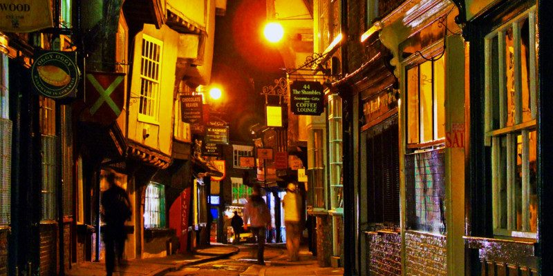 The Shambles at night 800 x 400