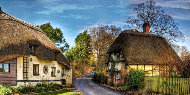 18 gorgeous english thatched cottages - The thatched cottage ...